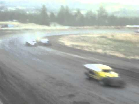 Eagle Track Raceway Modified Main Event Part 2 Sept 20th 2014