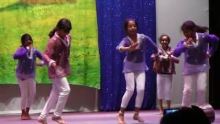 Rishika Chak Dum Dum Dance