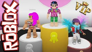 ROBLOX FASHION FRENZY: On holiday