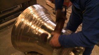 Retour au XIXe pour fondre la plus grosse cloche de Notre-Dame