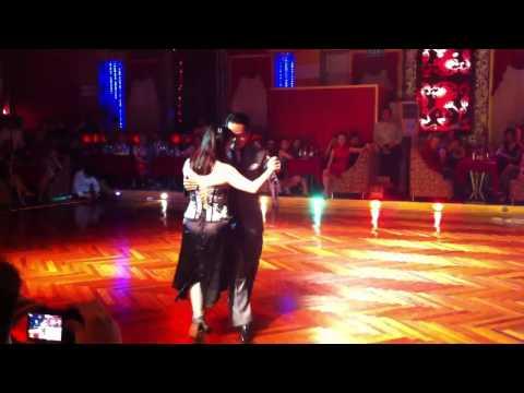 2012 Shanghai tango fest - Gennysan Alcartara y Lily Tan 1/2