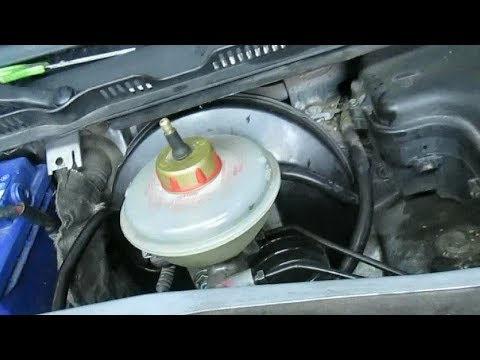 Замена вакуумного усилителя тормозов Audi A6C5.