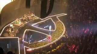 Jonas Brothers- Don't Throw It Away LIVE @ Honda Center (Happiness Begins Tour)