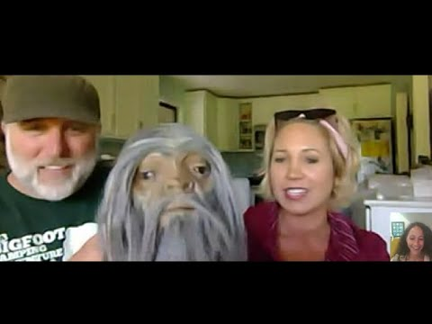 "Melissa & Cliff Barackman from ""Finding Bigfoot"" – The Weird UFO Show Ep.7"