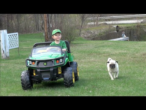 LITTLE BOY LOVES JOHN DEERE GATOR