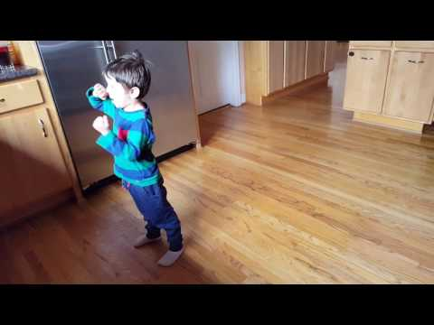 3 year old dancing to Keith urban carry Underwood the fighter