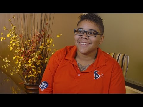 Tina Johnson on Clear Lake Dental Care taking care of her during an emergancy visit
