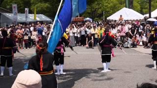 琉球國祭り太鼓 ・26日オープニング演舞 ・OKINAWAまつり 2013 STREET M...