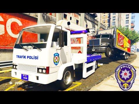 Şimşek Mcqueen Ve Polis Örümcek Kaza Yapan Kamyonu Çekici İle Çekiyor (GTA 5 Hikaye Modu)