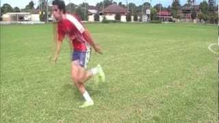How to dribble like Gareth Bale - Football / Soccer Tutorial