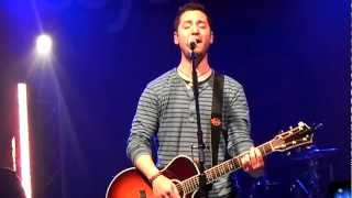 Boyce Avenue - Fix You (Live in Manchester, UK)
