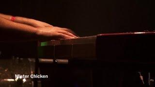 Смотреть клип Deluxe - Mister Chicken