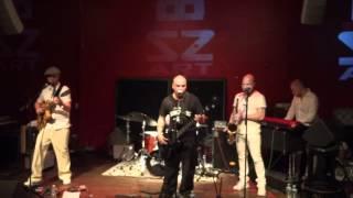 Magnum Coltrane Price - Mag runs the Voodoo down @ Bizz