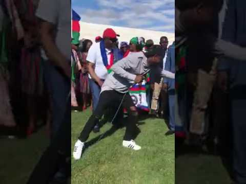 Namibia's president Hage Geingob dancing to The Dogg's song