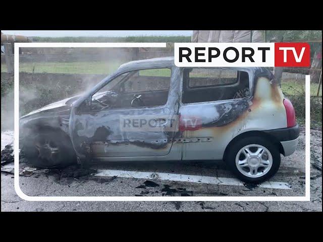 Report TV -Dyshohet për shkëndijë elektrike, makina bëhet shkrumb nga flakët në aksin Levan-Vlorë