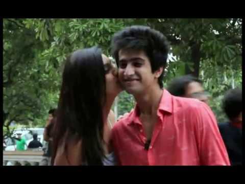 Girl Kissing Prank In Islamabad What Happening In Pakistan Omg