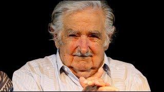 """Pepe Mujica: """"Si le pido a los otros que pongan y yo no pongo, es medio careta"""""""
