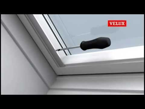 Montaggio tende velux by youtube for Montaggio velux
