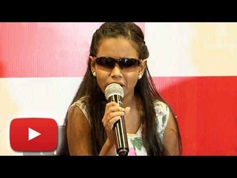Blind Girl Sings 'Sun Raha Hain Na Tu' | Lehren News