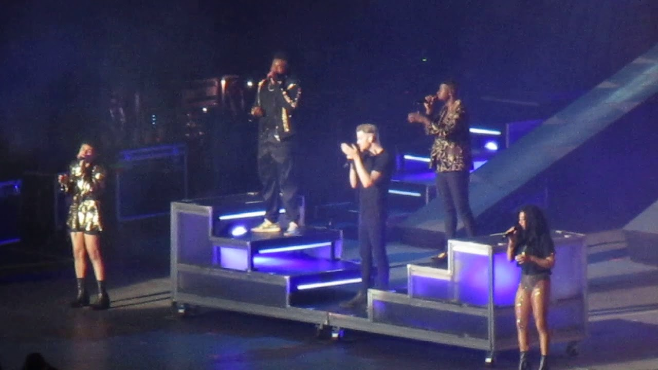 Pentatonix performing 'Hallelujah' at PNC Bank Arts Center in New Jersey  8/20/18