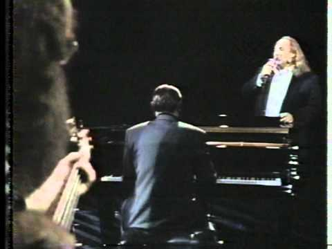 Phil Collins & David Cros  Thats Just They Way It Is Arsenio Hall  12589