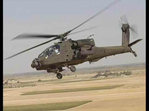 Foto elicottero da combattimento