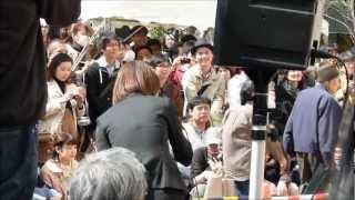 聖蹟桜ヶ丘(「耳をすませば」モデル地)のイベント(除幕式)で、駅の...