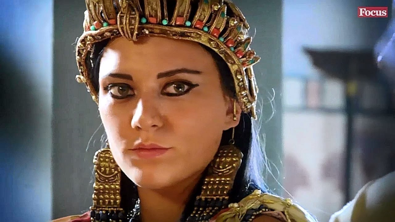 Cleopatra storia di una dea 2016 hd 720p stereo youtube for Piani di una storia