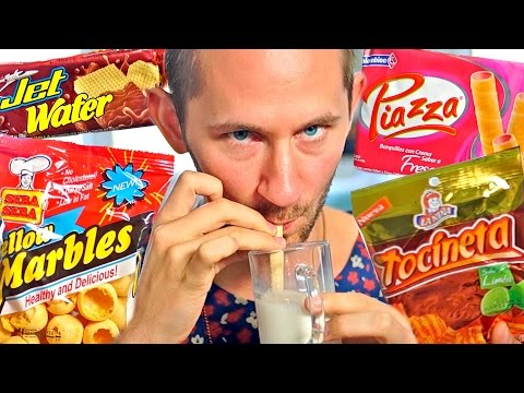 AMERICAN TRIES COLOMBIAN SNACKS