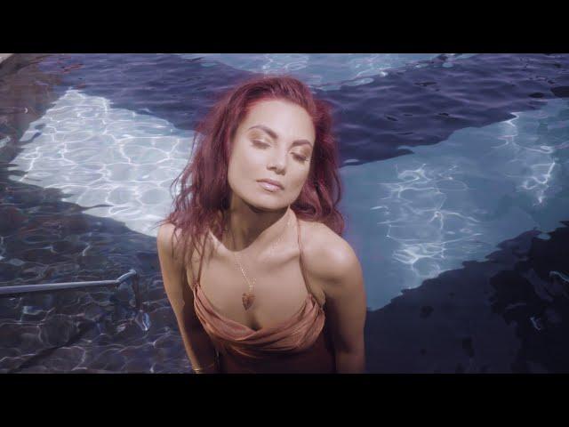MJ Songstress - CAROUSEL (Official Music Video)