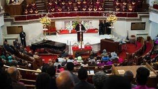 Harlem Church Balances Members and Tourists