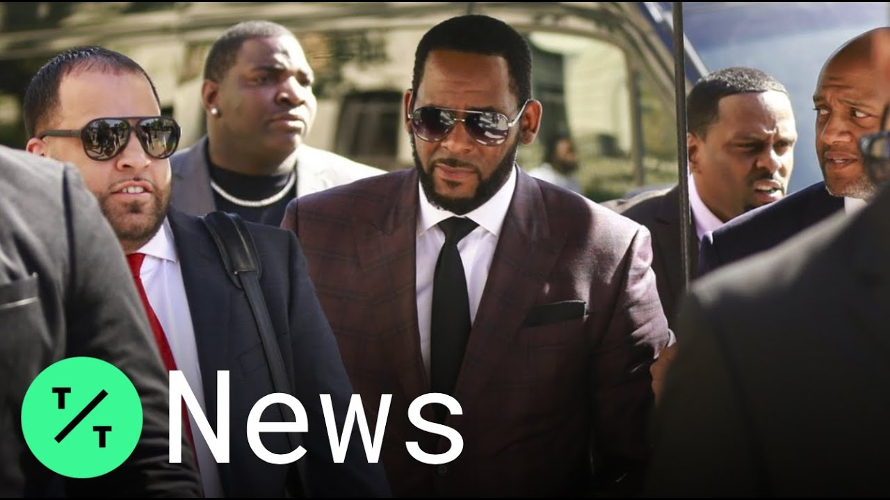 R. Kelly Fans Crowd NYC Courthouse As He Pleads Not Guilty to Sexual Abuse