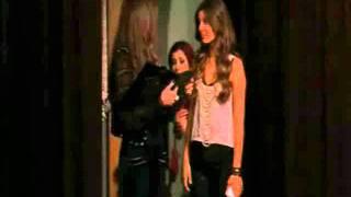 Cat-I dropped my bra in the toilet(, 2012-05-07T00:50:30.000Z)