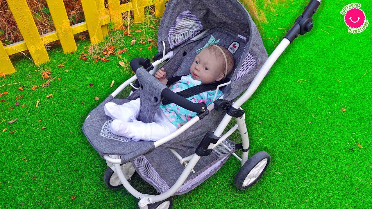 La rutina de mañana y paseo de la bebé ANISA de silicona