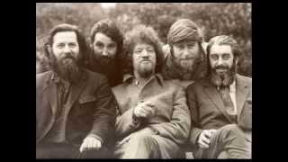 Watch Dubliners The Band Played Waltzing Matilda video