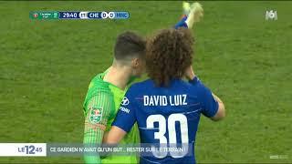 VIDÉO - Le gardien de Chelsea refuse de quitter le terrain et provoque la colère de son coach