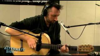 "Fink - ""The Apologist"" (R.E.M. Cover) (Live at WFUV)"