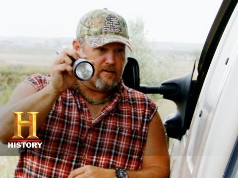 Only In America with Larry the Cable Guy - Larry on Patrol | History