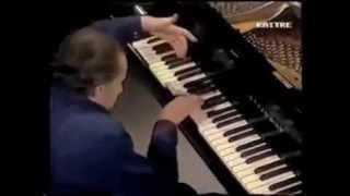Top Ten Emoting Pianist Moments