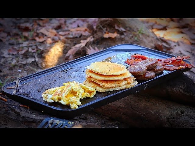 cooking-breakfast-in-the-woods