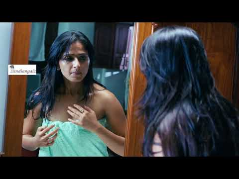 Anushka Shetty Hot in Towel after Bath