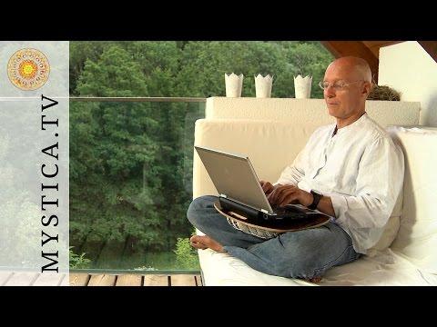Dr. Ruediger Dahlke: Schreibtrance (aus MYSTICA DVD: