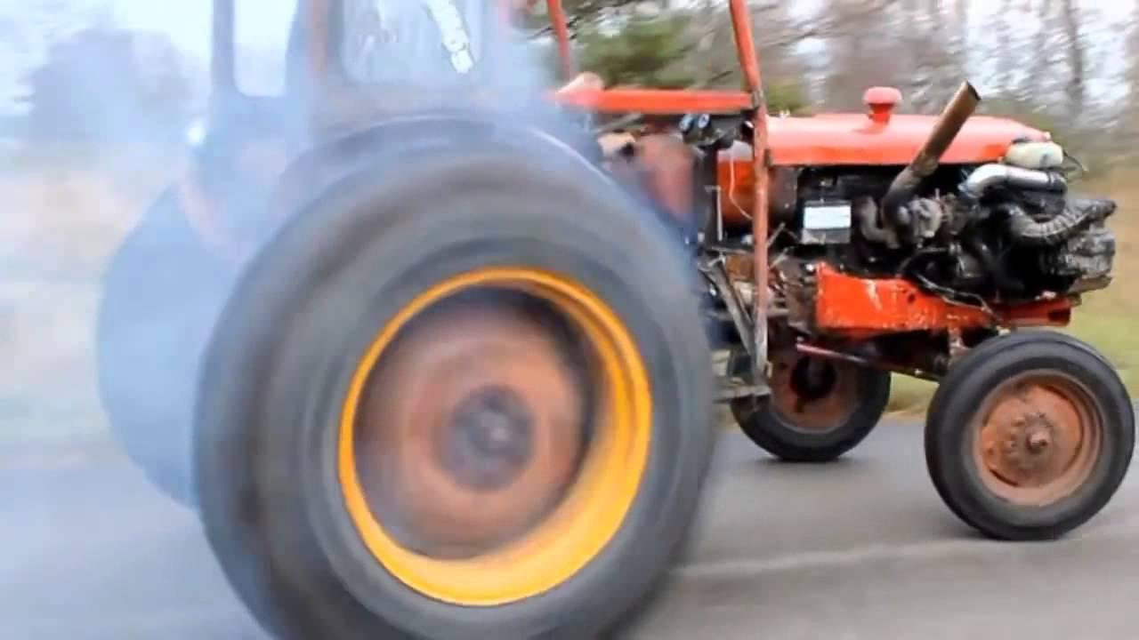 Traktöre Ferrari Motoru Takılırsa bakın neler oluyor
