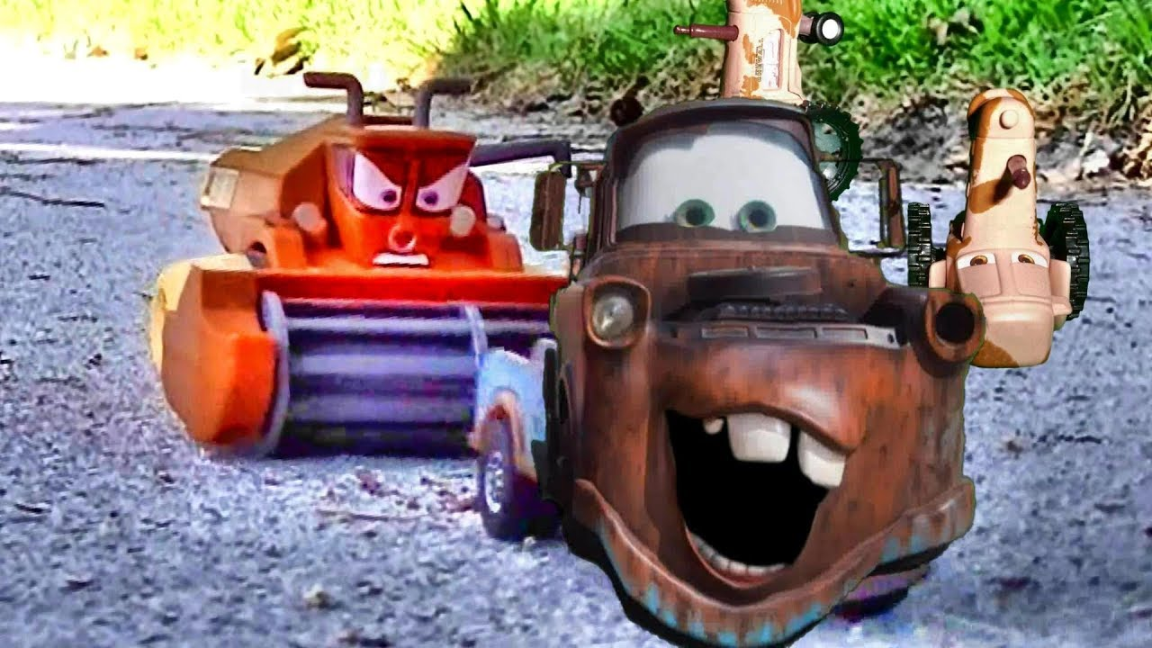 Tractor From Cars : Disney cars tractor tipping fun lightning mcqueen mater