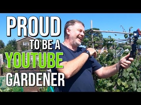 I'm Am A YouTube Gardener   Rejected By BBC Gardeners World   BBC Gardeners's World Failed Audition.
