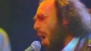 Antonello Venditti - Bomba o non bomba (Live)