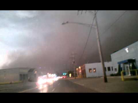 Tornado in waukegan, il