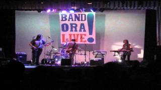 Toxic Sox   Are you gonna be my Girl   Band Ora Live! Laveno 30 08 2012 0111