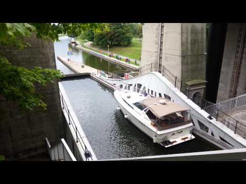 Hydraulic Lift Lock - Peterborough Ontario