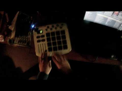 Controllerist dubstep mix (Virtual DJ)